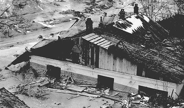 Разрушения Куреневской трагедии