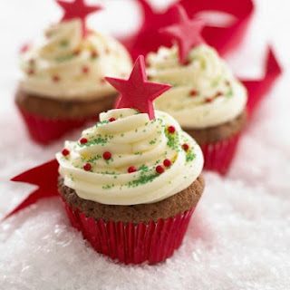 Festive Cakes with Buttercream