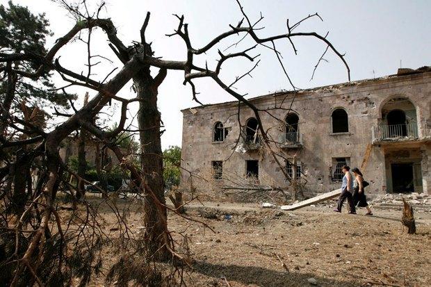 Разрушенные дома в Гори, Грузия, 26 августа, 2008