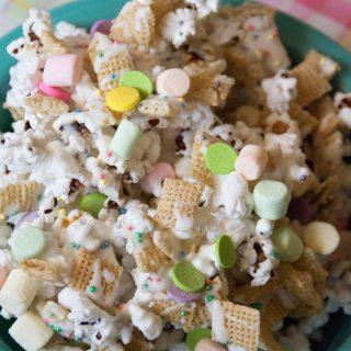 White Chocolate Spring Snack Mix Recipe