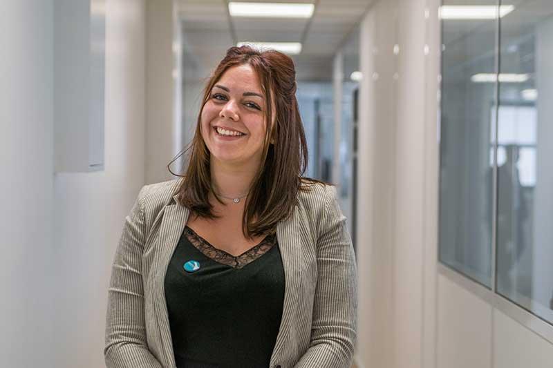 Elodie, Assistante en Gestion Immobilière