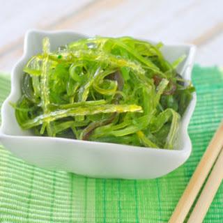 Goma Wakame (Seaweed Salad).