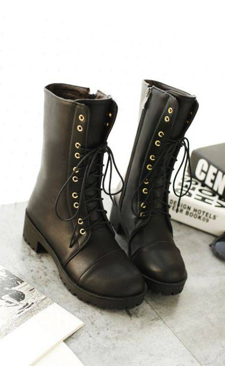 winter-shoes-for-women-look-book-6-lace-up-boots_image