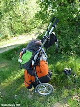 Photo: J'ai choisi de repartir avec Willy ,ou wheelie ,pour être autonome avec le probléme du sac trop lourd avec la machine d'apnées du sommeil