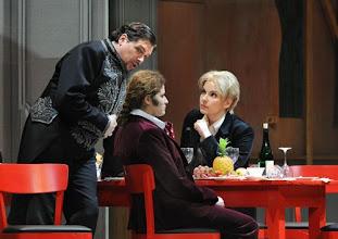 Photo: Wiener Staatsoper: LA CLEMENZA DI TITO - Inszenierung Jürgen Flimm. Premiere 17.5.2012. Michael Schade, Serena Marfi, Elina Garanca. Foto: Barbara Zeininger