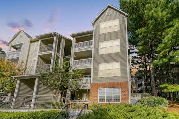 Go to Ellington Woods Apartments website