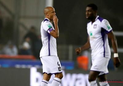 Anderlecht contre Bruges avec Kompany, Chadli et Makarenko