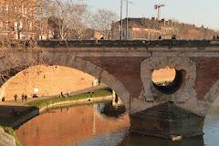 Le Pont Neuf et les bords de Garonne