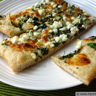 Fresh Herb Pizza on Tender/Crunchy Pizza Crust