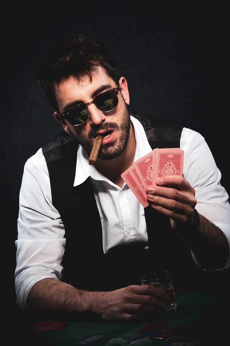 Bacco, tabacco e... gioco! di Giovanni Contarelli