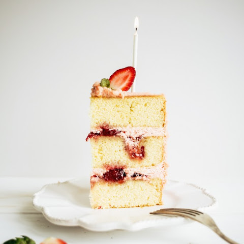 10 Best Vanilla Cake With Strawberry Filling Recipes Yummly