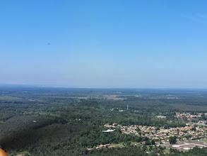 Photo: On file à Andernos, je me fais dépasser en dessous  par le Lancair 320 qu'on distingue à gauche suivi du Skyleader 200 de Philippe