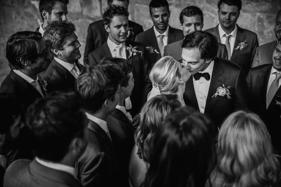 Wedding photographer Julien Laurent-Georges (photocamex). Photo of 12.02.2019
