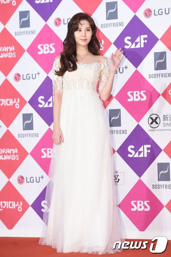 seohyun gown 23