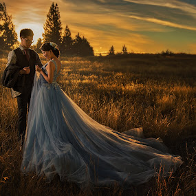 Warm sunset by Zhuo Ya - Wedding Bride & Groom ( zhuoya, prewedding, wedding, lake tekapo, zhuoya photography, new zealand )