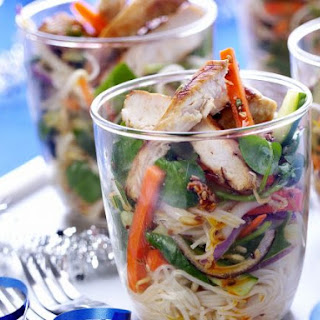 Chicken Noodle Salad Cups