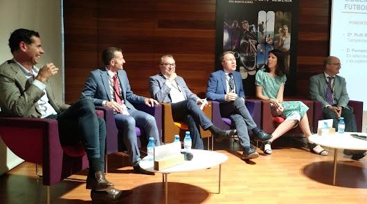 Fernando Hierro y Ruth Beitia hablan de medicina, deporte... y pasión