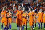 Nederland veegt de vloer aan met WK-tegenstander Red Flames in oefenwedstrijd: 7-0!