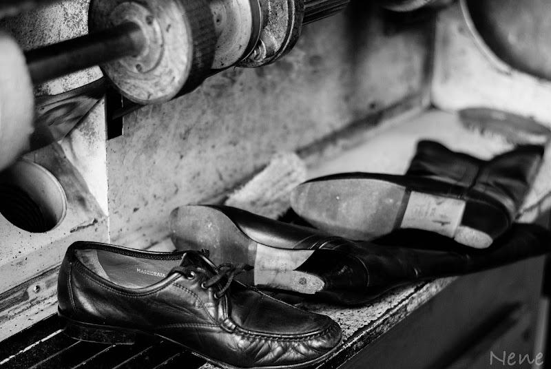 Vecchie scarpe di Nenez