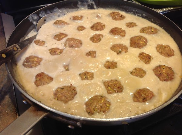 To make the gravy, melt the butter in a large skillet, over medium high...