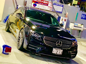 Eクラス セダン  W213型 E200 アバンギャルドスポーツのカスタム事例画像 さだひろさんの2018年10月27日23:50の投稿