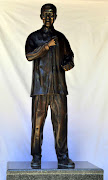 The 1m tall replica statue of Nelson Mandela that will be unveiled on Friday on Nelson Mandela Square in Sandton, Johannesburg.