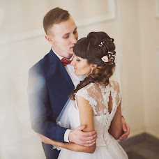 Wedding photographer Oksana Kazanceva (pchelka300). Photo of 25.11.2014