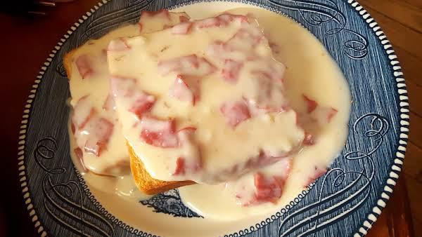 S.o.s. Aka Chipped Beef Gravy On Toast