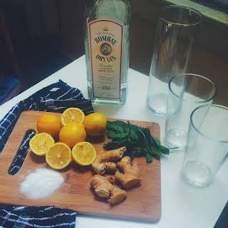 Ginger Mint Lemon Gin Cocktail.