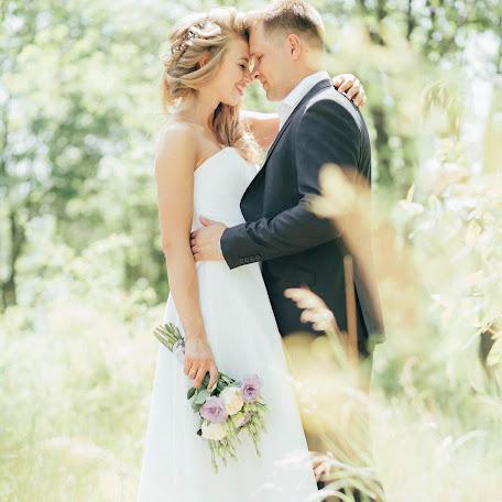 Wedding photographer Valentina Uvarova (uvarova). Photo of 28.08.2017