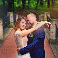 Wedding photographer Yuliya Zbronskaya (zbronskaya). Photo of 10.08.2016
