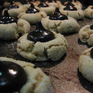 Peanut Blossom Cookies.