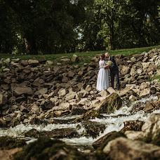 Wedding photographer Gábor Badics (badics). Photo of 11.09.2018
