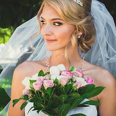 Wedding photographer Anzhelika Filimonova (LikaGoS). Photo of 04.09.2014
