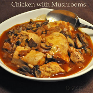 Chicken Breasts with Mushrooms and Red Wine Vinegar