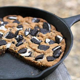 Giant Oreo Skillet Cookie