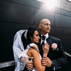 Wedding photographer Roma Akhmedov (aromafotospb). Photo of 16.11.2017