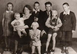Photo: 1948 Korpelan perhe