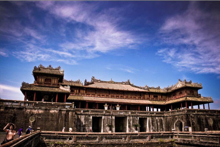 Thực trạng du lịch Việt Nam hiện nay - Cố đô Huế