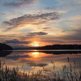 Peace of mind by Cecilie Hansteensen - Landscapes Sunsets & Sunrises ( water, reflection, nature. waterscape, cloads, sunrise, morning, landscape,  )