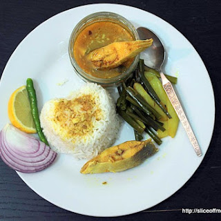 Pomfret Fish Curry – Flavours of Konkan and a Bengali Bhaja with spring onions and potatoes