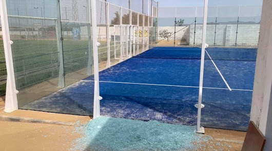 Los vándalos vuelven a atacar en el Complejo Deportivo Las Dunas de Cabo de Gata