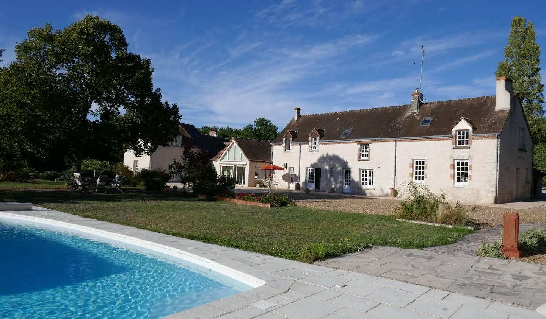 Propriété avec piscine Crouy-sur-Cosson
