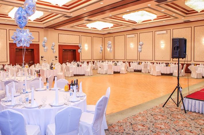 Фото №6 зала Банкетный зал «Петровский»