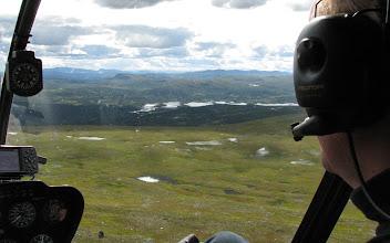 Photo: Med Jämtlands Flyg, Robinson R44 Raven II med pilot Trond Renå och en tripp i en EC120B Colibri med Andreas Vessby. (Bilden från Daimadalen)
