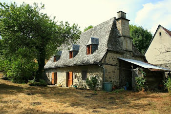 maison à Mur-de-Barrez (12)