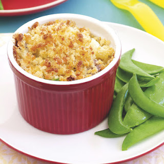 Baked Macaroni with Sausage and Cauliflower
