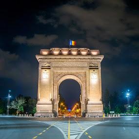 Arcul de Triumf by Baltă Mihai - City,  Street & Park  Historic Districts ( bucharest, street, romania, architecture, arcul de triumf, longexposure )