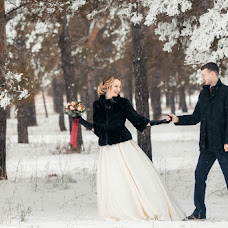 Wedding photographer Evgeniy Semenov (SemenovSV). Photo of 15.02.2017