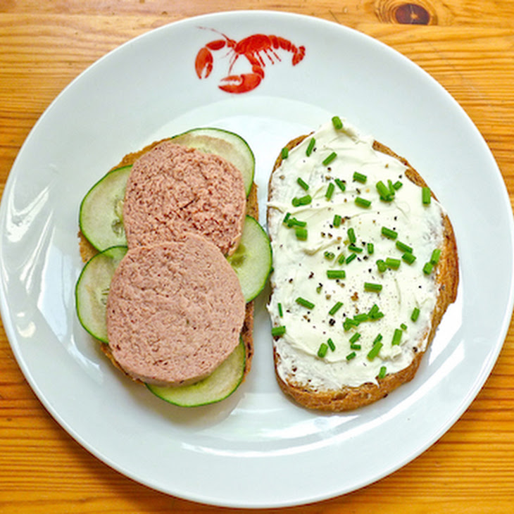 Mrs. Murray'S Liverwurst Sandwich From a Wrinkle in Time Recipe